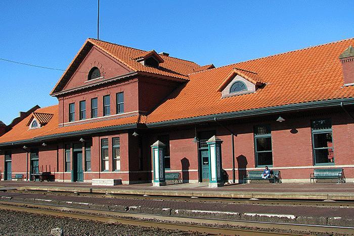 Centralia Station trackside